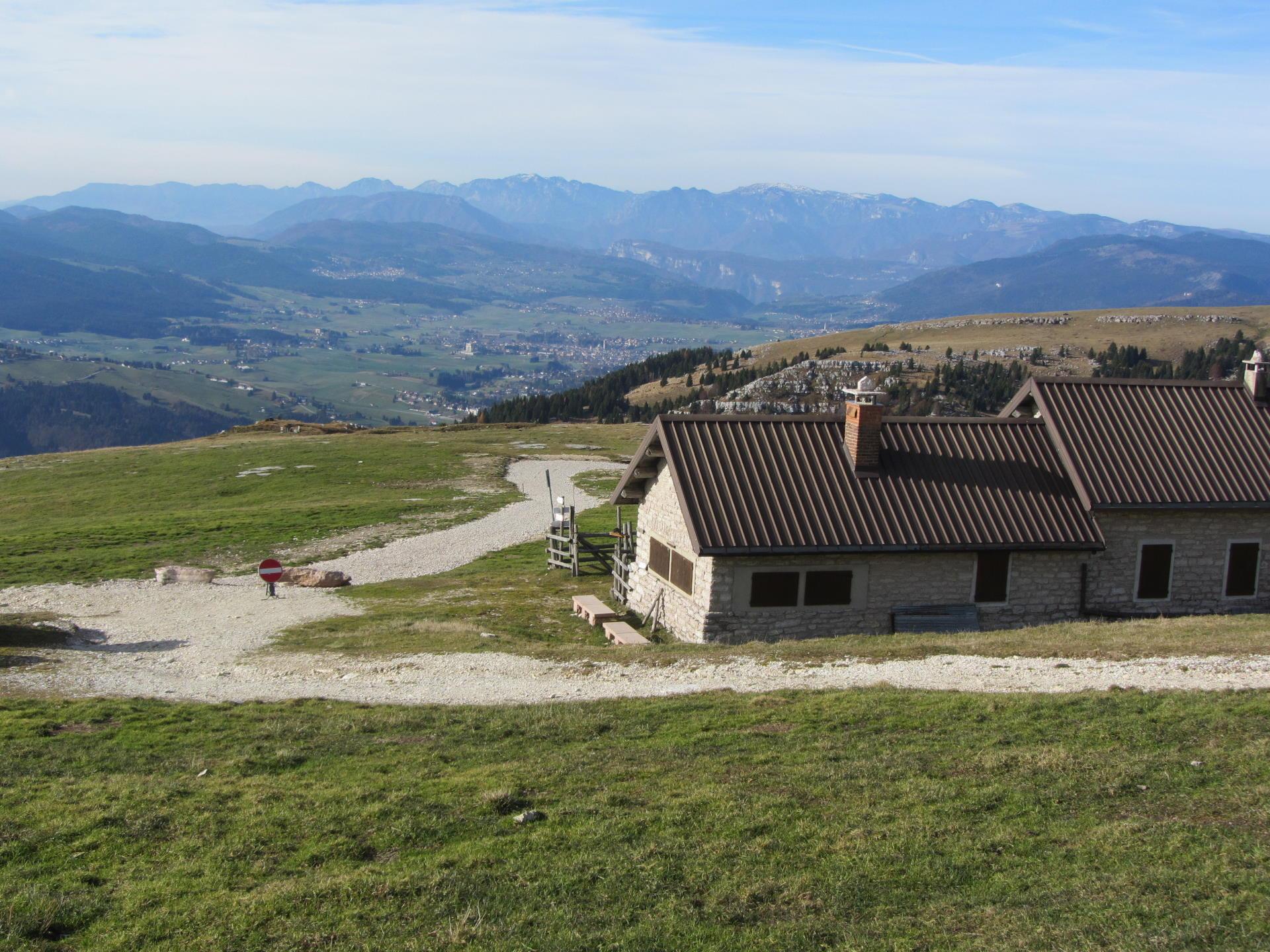 Da Casara Montagna Nova verso Asiago